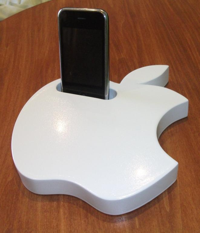 Recensione supporto da tavolo applewood per iphone di ag for Ag arredamenti